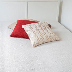 240x260 cm méretű ágytakaró - fehérnemű 99069cbdcf